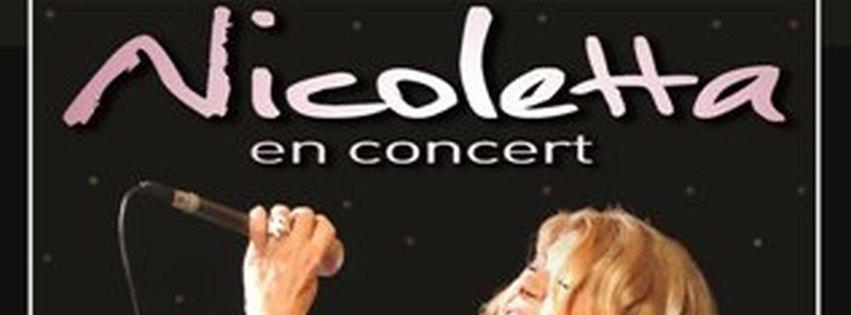 NICOLETTA - 50 ans de scène, avec ses musiciens et choristes.