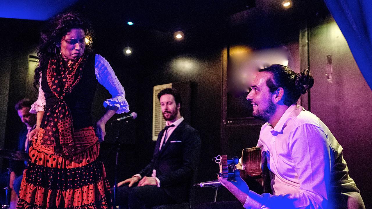Esencia Flamenca