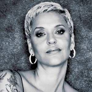 Mariza « Canta Amália »